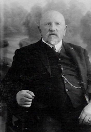 Gerrit van den Bosch 1857-1931 was de man die de Adelbertusakker nieuw leven inblies